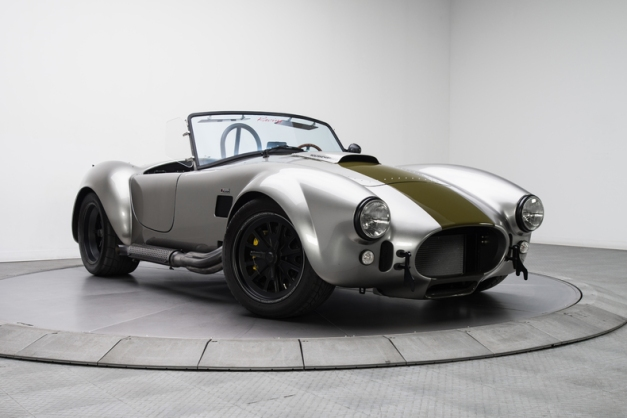 1965-shelby-cobra_307477_low_res